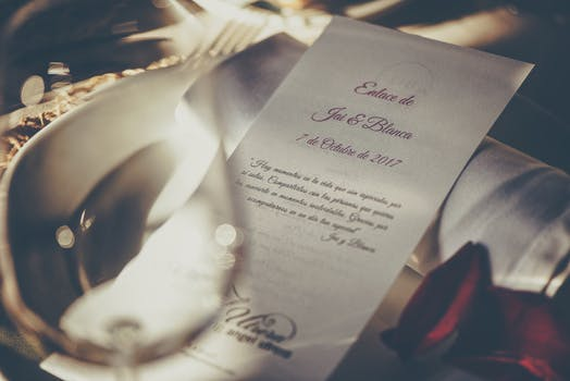 8 Trends for Modern Wedding Invitations 2019